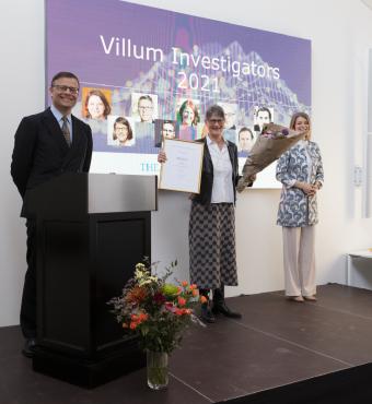 Barbara Ann Halkier modtager sit Villum Investigator diplom