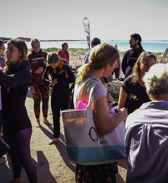 Gæster på vej på snorkeltur
