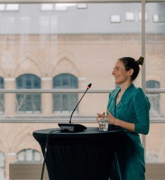 Helene Friis Ratner, lektor ved DPU, Aarhus Universitet holder sit indlæg