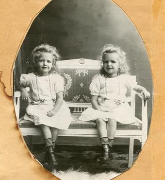 In DARC I and DARC II, studies of twins through the 20th century played a key role. These twin studies have revealed, for example, that genetic factors greatly influence survival and functioning in the oldest old. Photo: Det Danske Tvillingeregister