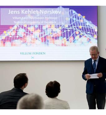Villum Kann Rasmussen professor og formand for Danmarks Grundforskningsfond Jens Kehlet Nørskov, DTU holdt tale.