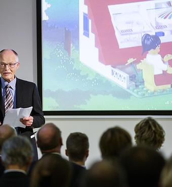Tidligere bestyrelsesformand i VILLUM FONDEN Lars Kann-Rasmussen byder velkommen