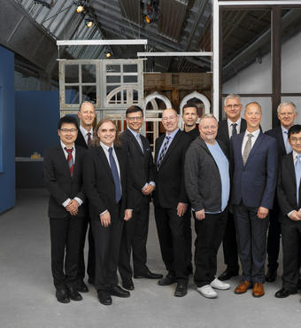 Villum Investigators 2019. From left to right: Guojie Zhang, Henrik Stapelfeldt, Josep M. Guerrero, Chair of VILLUM FONDEN Jens Kann-Rasmussen, Carsten Rahbek, Staffan Persson, Per Christian Hansen, Bo Brummerstedt Iversen, Lars Birkedal, Karl Anker Jørgensen, Yong P. Chen, Executive Chief Scientific officer of VILLUM FONDEN Thomas Bjørnholm and Eugene Simon Polzik.